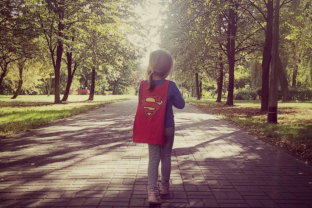 Czy wiesz jak bajki o superbohaterach mogą wpływać na dzieci w wieku  przedszkolnym  2a68fc9e64