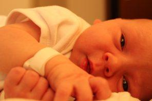 Czy jakość opieki rodzicielskiej może zmienić genom malucha?