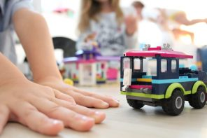 Prawdziwie edukacyjna zabawka – jak bawić się klockami by uzyskać najlepsze rezultaty.