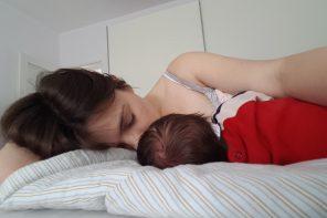 Czy karmienie piersią wpływa na więź mamy i dziecka?