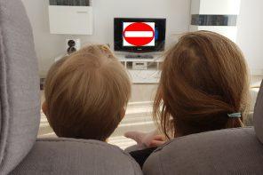 Czego nie powinny oglądać małe dzieci?