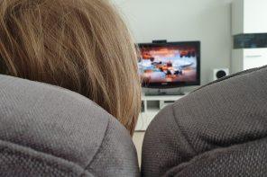 Rekomendacje AAP dot. korzystania z mediów przez starsze dzieci.
